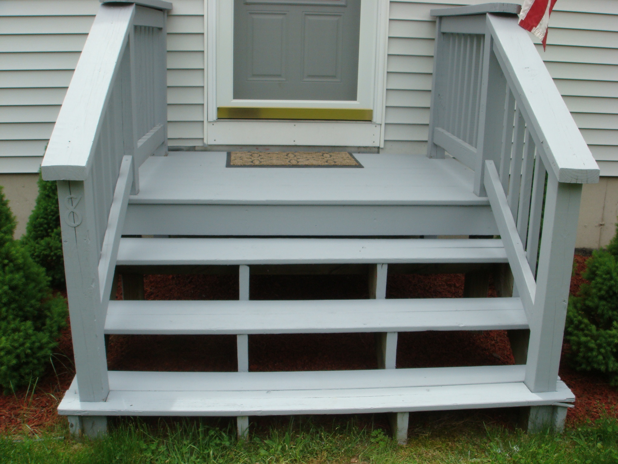 Decking handy man crafty woman for Front step designs wood