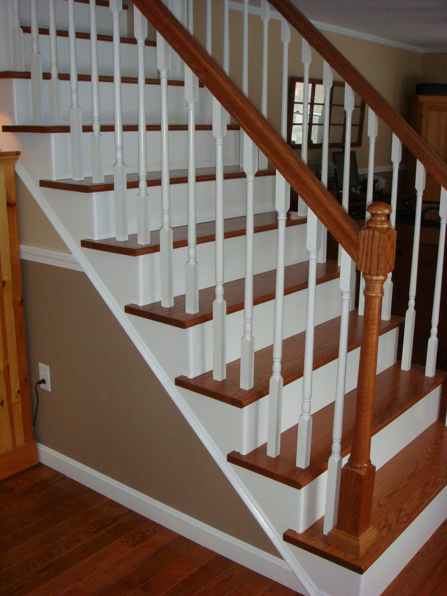 remodelaholic from carpet to wooden stair treads guest remodel. Black Bedroom Furniture Sets. Home Design Ideas